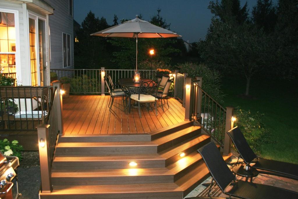 trex_deck_post_lights_2606_3456_2304